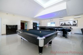 5 Bed House For Sale And Rent In East Pattaya - Miami Villas