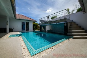 4 Beds House For Sale And Rent In East Pattaya - Regents Estate