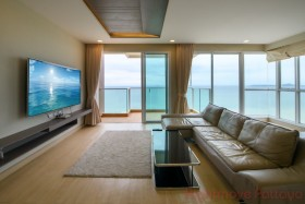 3 Beds Condo For Sale In Jomtien - Cetus Beachfront