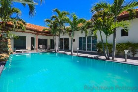 4 Beds House For Sale In Pratumnak - Majestic Residence
