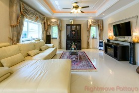 2 Beds House For Sale And Rent In Naklua