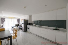 1 Bed Condo For Sale In Pratumnak - The Place