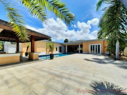 5 Beds House For Sale In East Pattaya - Siam Royal View