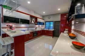 2 Bed House For Sale In Ban Amphur - Baan Dusit Pattaya Park