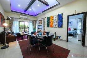 3 Bed House For Sale In Ban Amphur - Baan Dusit Pattaya View