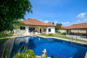 5 Bed House For Sale In East Pattaya