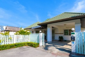 3 Beds House For Sale In East Pattaya - Greenfield Villas 3