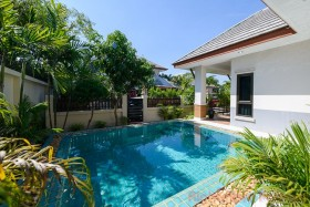 2 Beds House For Sale In Ban Amphur - Baan Dusit Pattaya View