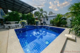 3 Beds House For Sale In East Pattaya - Not In A Village