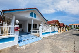 2 Beds House For Sale In East Pattaya - Eakmongkol 1