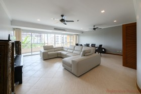 1 Bed Condo For Sale In Pratumnak - Executive Residence 2