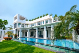 4 Bed House For Sale And Rent In Jomtien - Palm Oasis