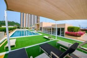 Studio Condo For Sale In Pratumnak - Hyde Park 2