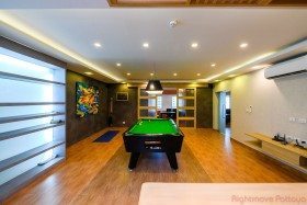 3 Bed Condo For Sale In Pratumnak - Executive Residence 1