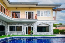 5 Bed House For Sale In South Pattaya - Not In A Village