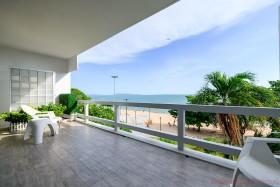 4 Beds House For Sale In Pratumnak - House On Pratumnak Beach