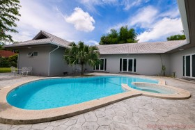 5 Beds House For Sale In East Pattaya - Park View Court
