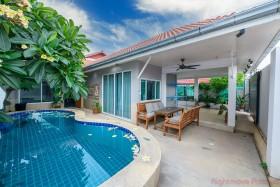 4 Beds House For Sale In South Pattaya - Suksabai Villa
