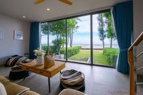 3 Beds House For Sale In Naklua - Sandbox Beachfront Villa