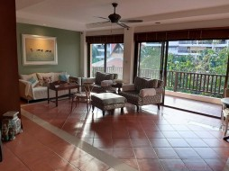 1 Bed Condo For Sale And Rent In Jomtien - Thabali