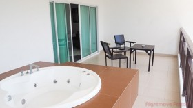 2 Beds Condo For Rent In Pratumnak - Club House Residence