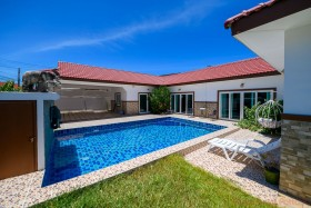3 Beds House For Sale In East Pattaya - Baan Suay Mai Ngam