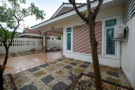 3 Beds House For Sale In East Pattaya - Chockchai Village 8