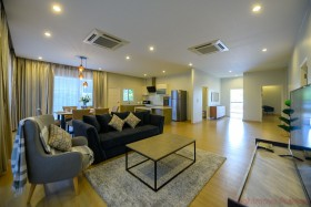 3 Beds House For Sale And Rent In Huay Yai - Panalee Banna Village